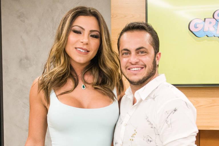 Andressa Ferreira e Thammy Miranda durante coletiva de imprensa de Os Gretchens