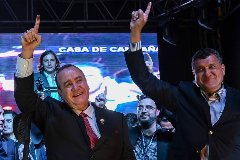 Conservador Alejandro Giammattei é eleito novo presidente da Guatemala