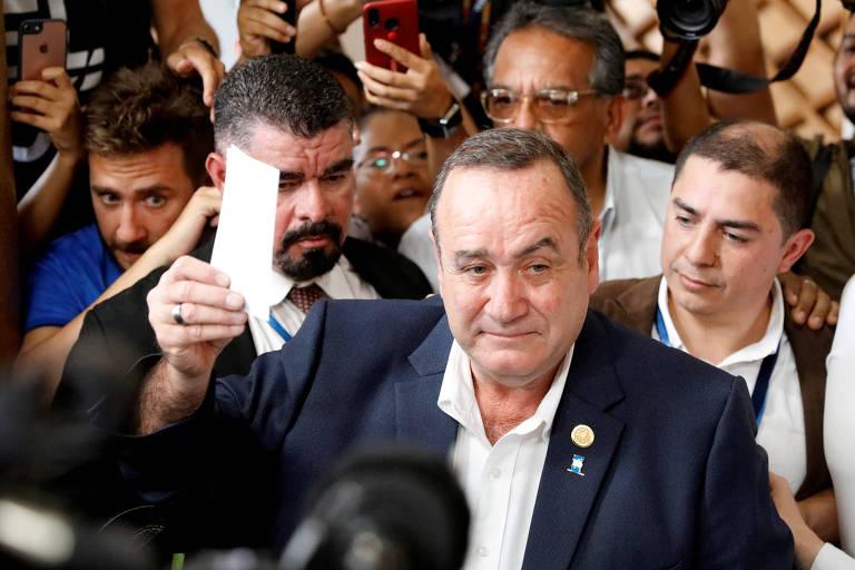 Desafio de novo líder da Guatemala será aprovar acordo de imigração firmado com Trump