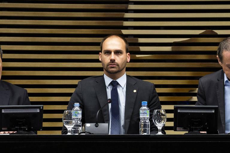 Conselho de ética arquiva processo contra Eduardo Bolsonaro por ofensas a Joice Hasselmann