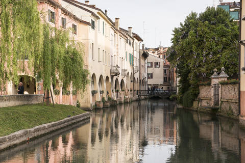 Treviso, Italy, April 21, 2019. Treviso?s scantiness is its salvation, just as Venice?s abundance is its ruin. (Susan Wright/The New York Times) ORG XMIT: XNYT134