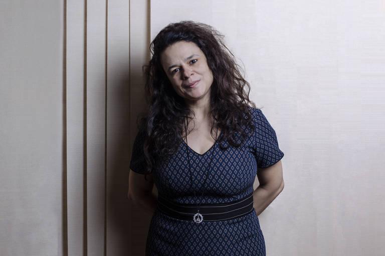 É mau precedente expulsar alguém pelo que pensa, diz Janaína Paschoal sobre Frota