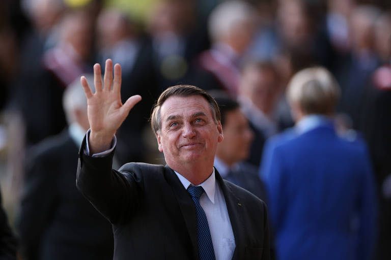 O presidente Jair Bolsonaro participa de cerimônia no TST, em Brasília, na terça (13)