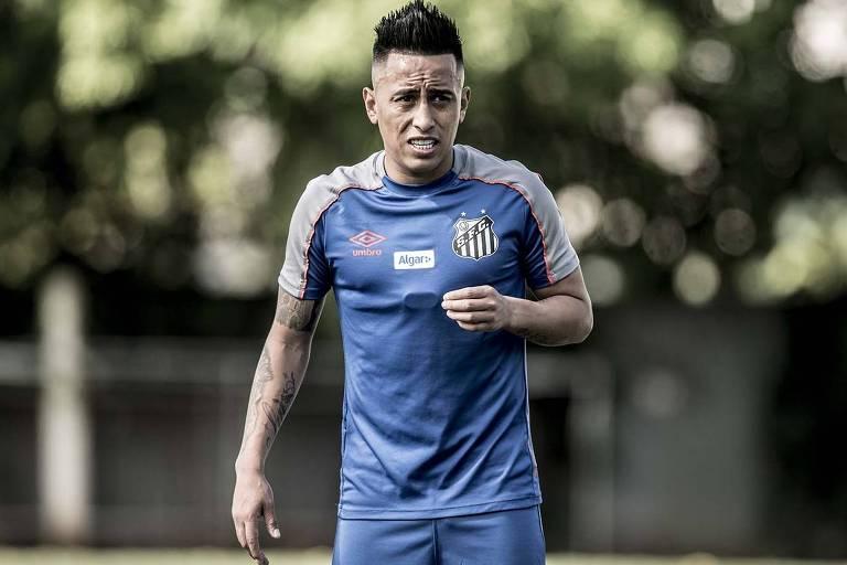Cueva não tem mais espaço no Santos e deve ser negociado assim que surgir alguma proposta