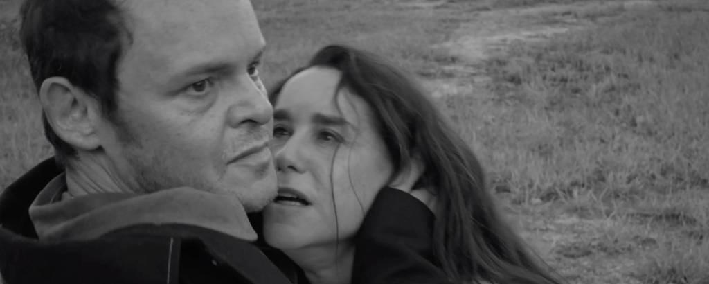 Matheus Nachtergaele e Lucélia Santos em cena do filme