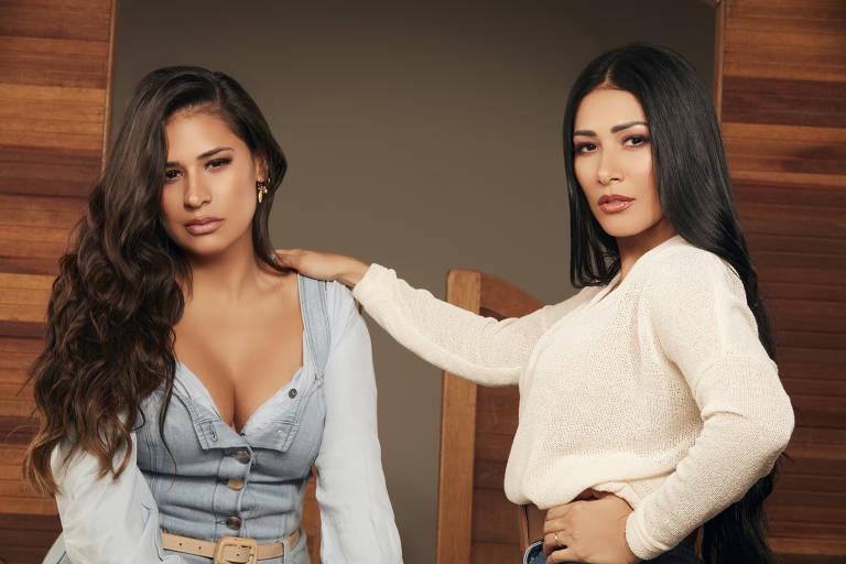 Simone e Simaria fazem ensaio fotográfico para Barretos