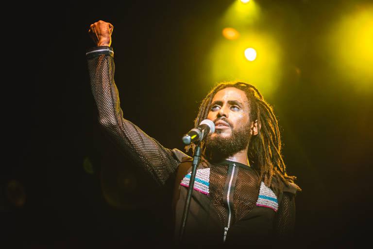 'Ícaro and The Black Stars' faz tributo a lendas da música negra
