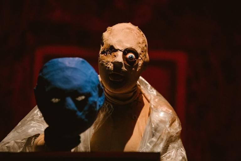 Cenas de espetáculos da mostra Tocando o Terror, que acontece no Sesc 24 de Maio