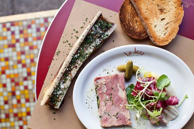 Terrine servida no restaurante francês Le Jazz, que abriu recentemente uma unidade no shopping Higienópolis
