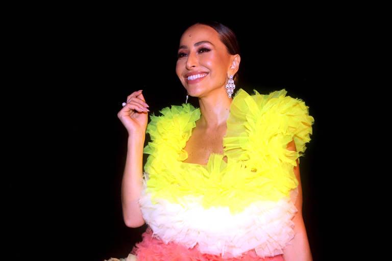 Sabrina Sato durante baile da revista Vogue