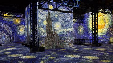 PARIS, FRANÇA, Exposição interativa de  Van Gogh no Atelier des Lumières, na França.  Credito:Atelier des Lumières