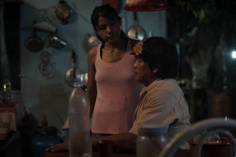 "Cena do filme ""A Febre"", de Maya Da-Rin"