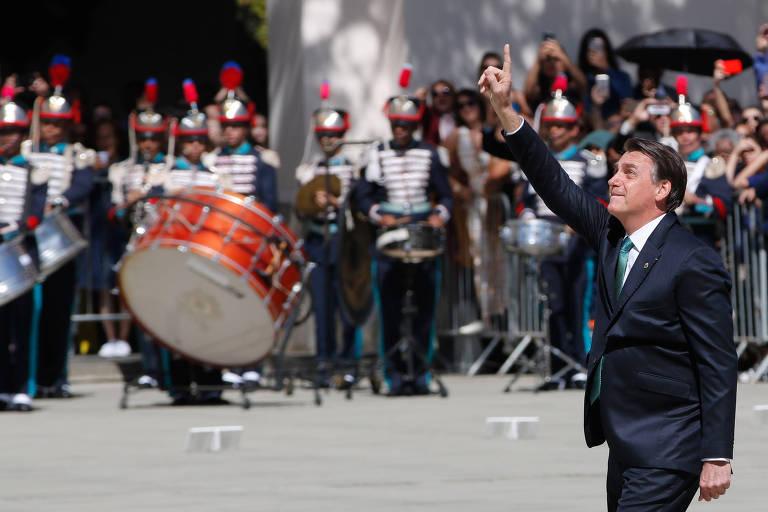 O presidente Jair Bolsonaro em cerimônia de entrega do espadim a cadetes da Academia Militar dos Agulhas Negras, em Resende