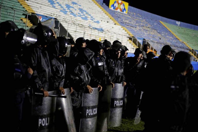 Três pessoas morrem em confrontos entre torcidas em Honduras