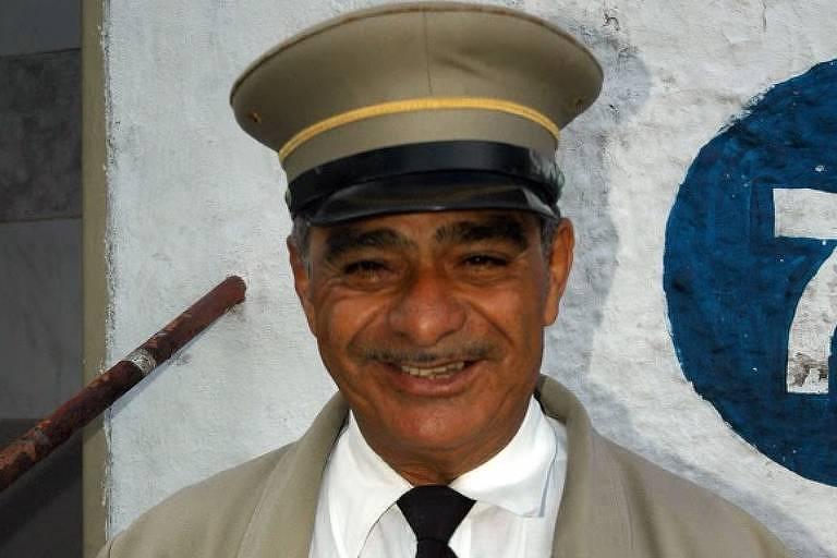 Josué Jerônimo de Campos atuou como Vovô Sabe Tudo em linha turística de Santos