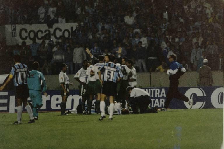 Em 1995, Grêmio e Palmeiras deram início a uma rivalidade histórica ao se enfrentarem pelas quartas da Libertadores. À frente do time gaúcho, Felipão ganharia a Libertadores deste ano, e o Brasileiro e a Recopa Sul-Americana de 1996