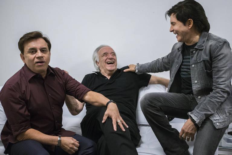A dupla Chitãozinho e Xororó e o maestro João Carlos Martins