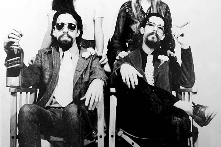 O escritor Paulo Coelho (à esq.) e o cantor Raul Seixas, em foto de 1973
