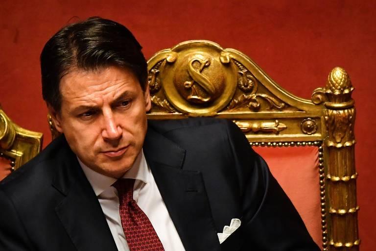 Com voto de confiança do Senado, primeiro-ministro italiano mantém mandato