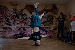 Sergey Chernyshev, the Russian break dancer known as Bumblebee, who won the gold medal for boys at the first Youth Olympic break dancing event, trains at Infinity Dance Studio in Voronezh, Russia, May 5, 2019. (Emile Ducke/The New York Times)