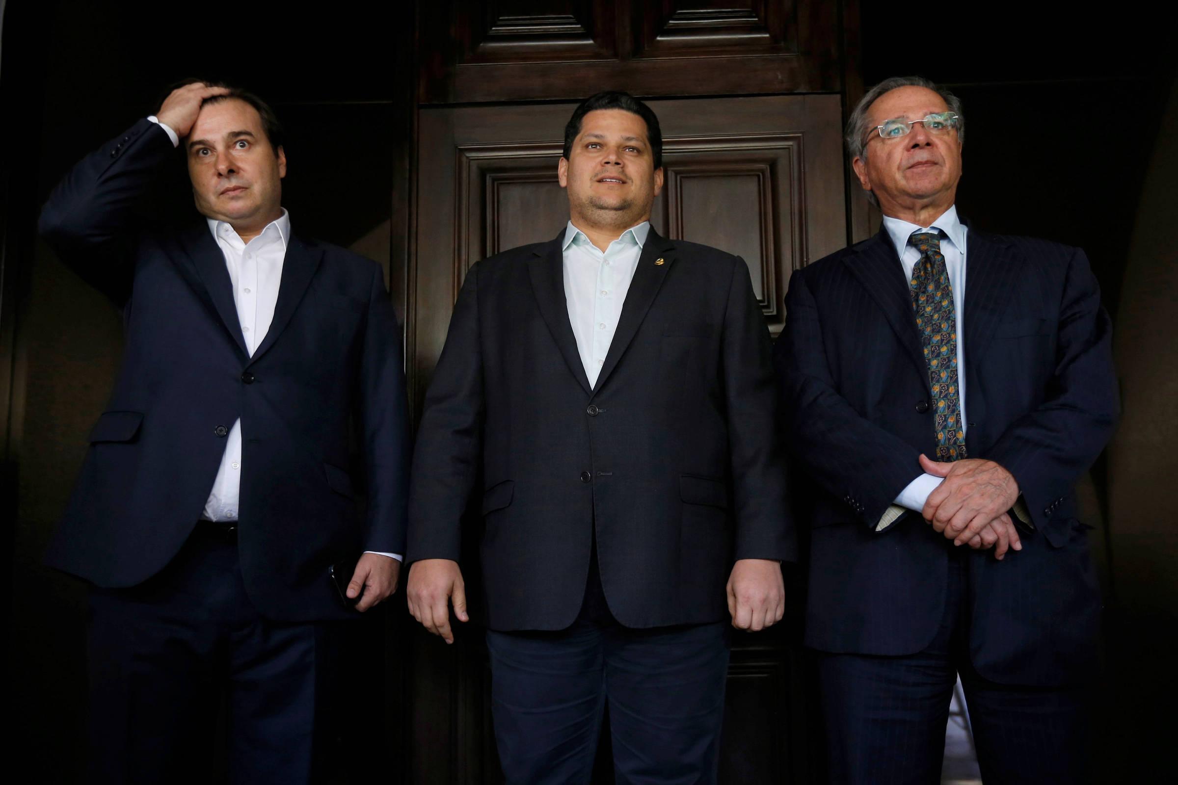 Prometida para o recesso, comissão da reforma tributária não foi criada