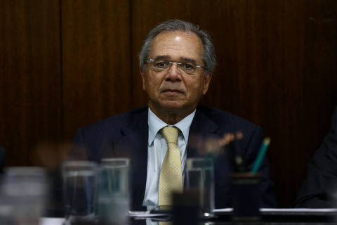 Mesmo contra Bolsonaro e Maia, Guedes defende nova CPMF para empresários