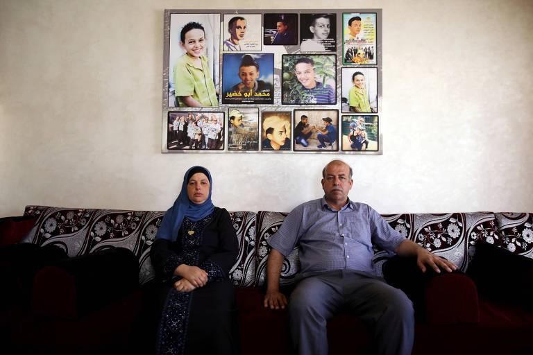 """Hussein e Suha Abu Khdeir que tiveram o filho assassinado assistiram à série """"Our Boys"""""""