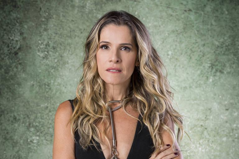 Silvana Nolasco (Ingrid Guimarães) é elegante