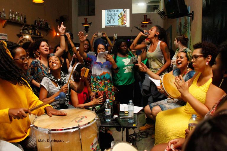 O Coletivo Negras em Marcha que integra o evento Esferas das Periferias