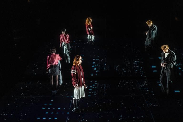 Veja cenas do musical 'Lazarus', de David Bowie e Enda Walsh