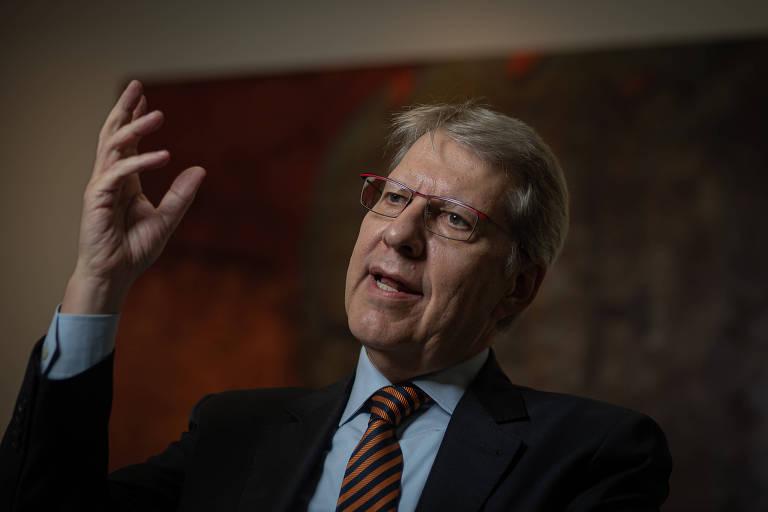 Advogado especialista em direito público e professor da FGV, Carlos Ari Sundfeld