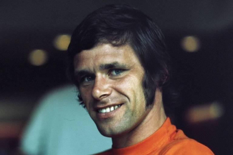 Jan Jongbloed  antes da Copa do Mundo de 1974, na Alemanha