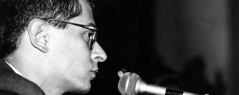 Otavio Frias Filho fala no debate sobre a Lei de Imprensa na Faculdade de Direito da USP, autidÛrio nobre, no Largo Sao Francisco. 21.mai.1991 SP *** tratadas *** ORG XMIT: AGEN1808200048892389