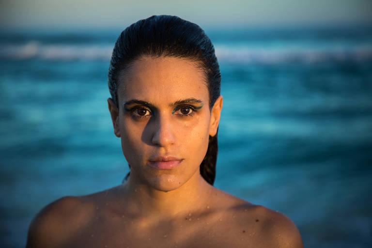 A cantora Luiza Casé
