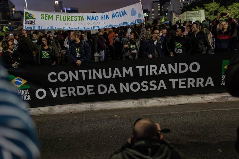 Protesto em SP contra o governo Bolsonaro e o desmatamento na Amazônia