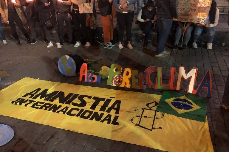 Protesto Pró-Amazônia em Arequipa, no Peru