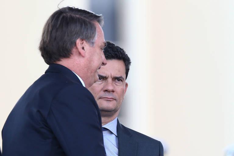 Bolsonaro e Moro durante cerimônia de comemoração ao Dia do Soldado, no último dia 23 em Brasília