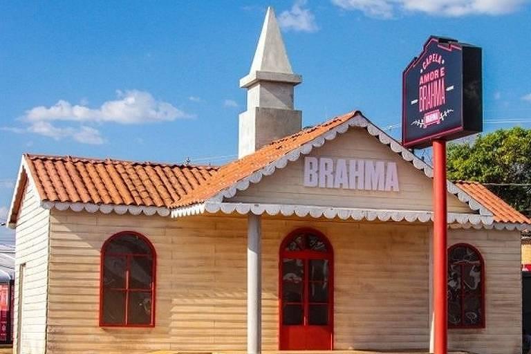 Festa de Barretos tem capela para realizar casamentos no estilo de Las Vegas
