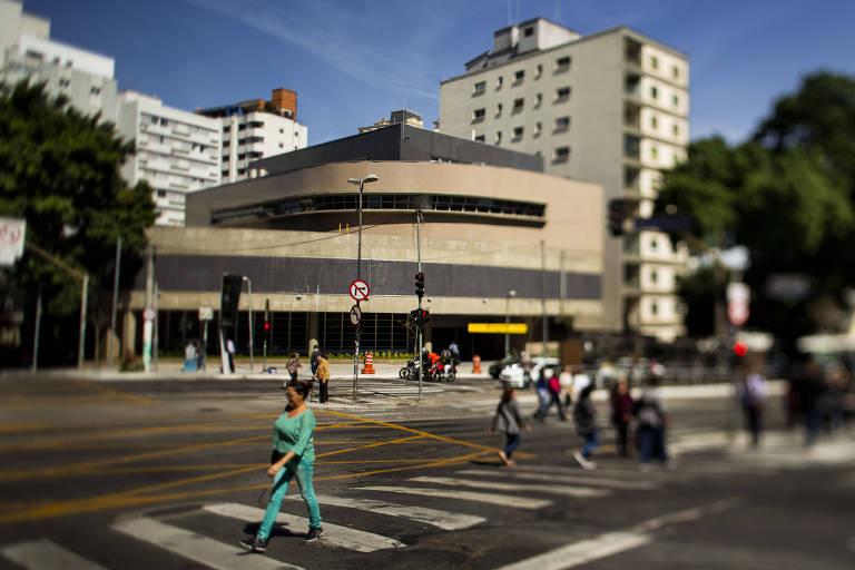 Estação Oscar Freire da linha 4-amarela do metrô, entregue com atraso de oito anos pelo governo Geraldo Alckmin (PSDB)