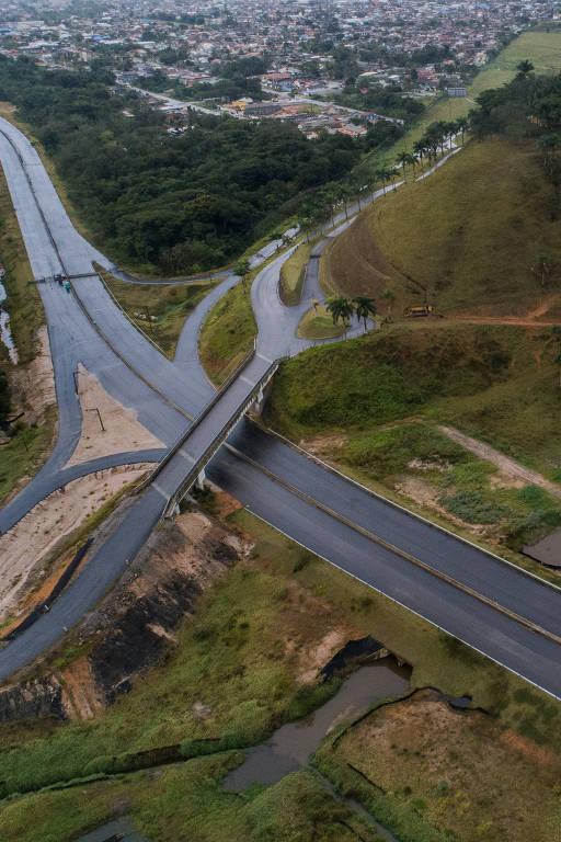Viaduto construído pelo Governo de SP não tem utilidade pública
