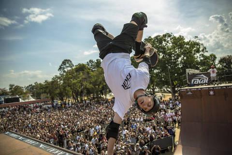 SÃO PAULO, SP, BRASIL. 10:45hs. 18/08/2019. O ex-skatista americano Tony Hawk, no Centro de Esportes Radicais do Bom Retiro na tarde deste domingo (18).  (Foto: Jardiel Carvalho/Folhapress, ESPORTE) ***EXCLUSIVO FOLHA