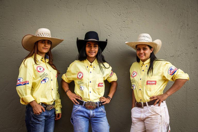 Ana Clara Barbosa, 17, Ana Júlia Rodrigues, 16, e Bárbara Berto, 18, que brigam pelo 1º título de campeã júnior em Barretos