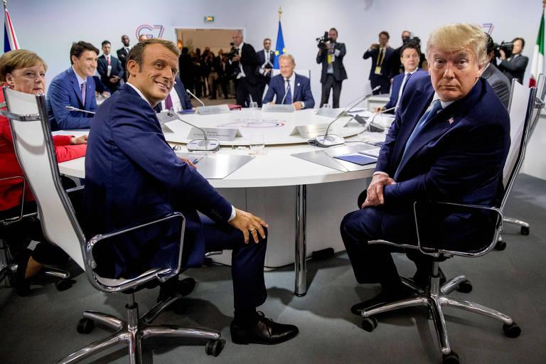 Emmanuel Macron e Donald Trump em reunião do G7