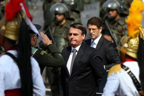 """Bolsonaro pede que PF investigue """"dia do fogo"""" após pecuarista lançar suspeitas sobre ICMBio"""