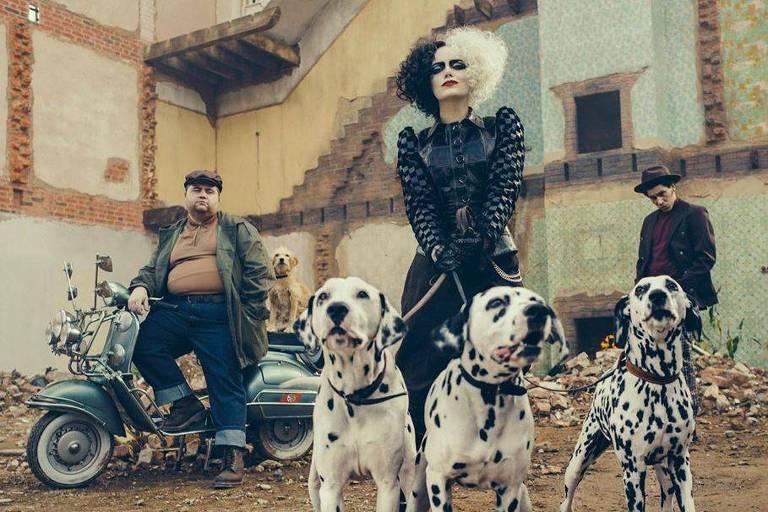 F5 - Cinema e Séries - Emma Stone aparece pela 1ª vez como Cruella ...