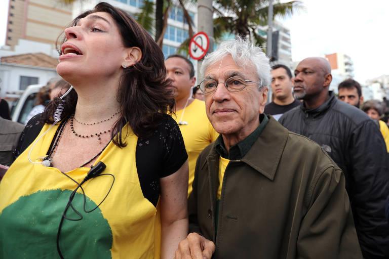 Protesto no RJ contra o governo Bolsonaro e o desmatamento na Amazônia