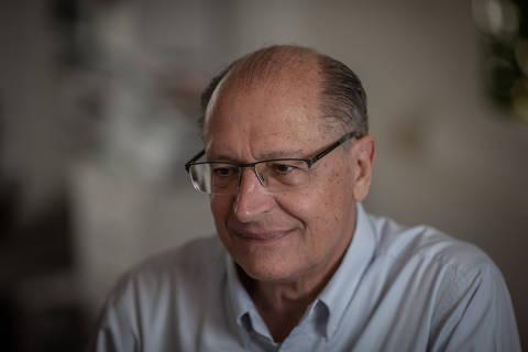 SÃO PAULO, SP, 01.06.2019 - Entrevista do ex-governador de São Paulo Geraldo Alckmin, em sua casa no Morumbi (SP). Alckmin é médico, e foi quatro vezes governador de São Paulo pelo PSDB. (Foto: Bruno Santos/Folhapress)