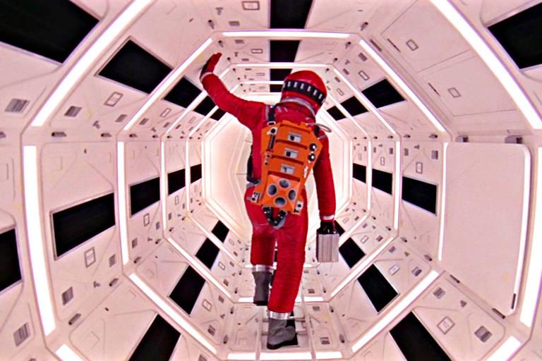 Cena de '2001: Uma Odisseia no Espaço'