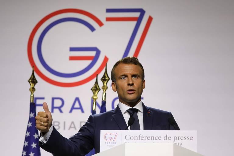 O presidente francês Emmanuel Macron durante coletiva em Biarritz no âmbito do G7