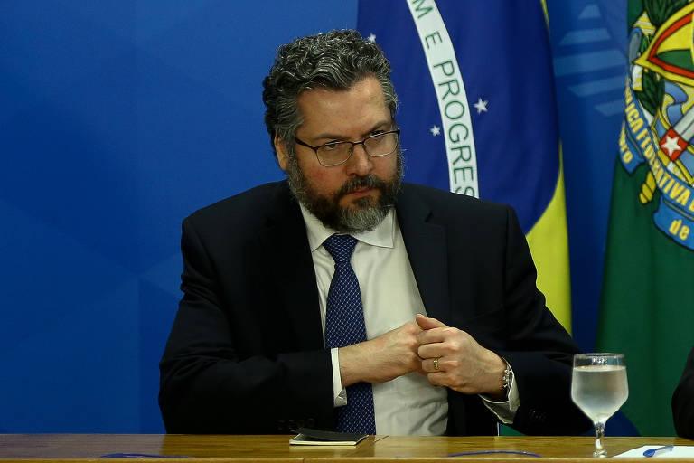O ministro das Relações Exteriores, Ernesto Araújo, durante entrevista coletiva para falar sobre os dados de monitoramento de desmatamento do país, no Palácio do Planalto, em Brasília (DF)